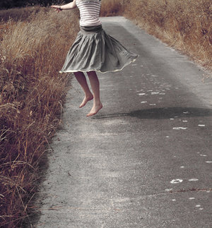dancing_to_the_sun_by_fairy_bluebird.jpg