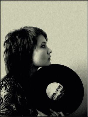 vinyl_by_adynamia.jpg