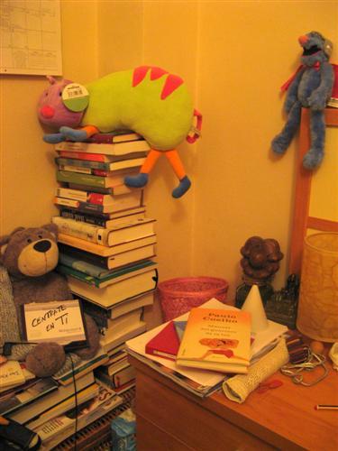 libros-y-mesilla-002-custom-3.jpg