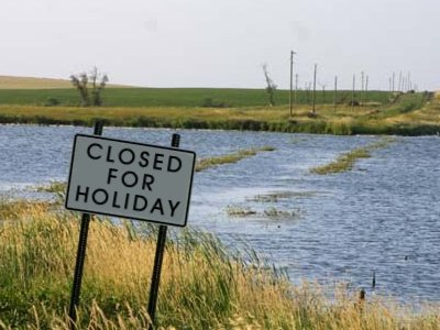 closed-for-holiday