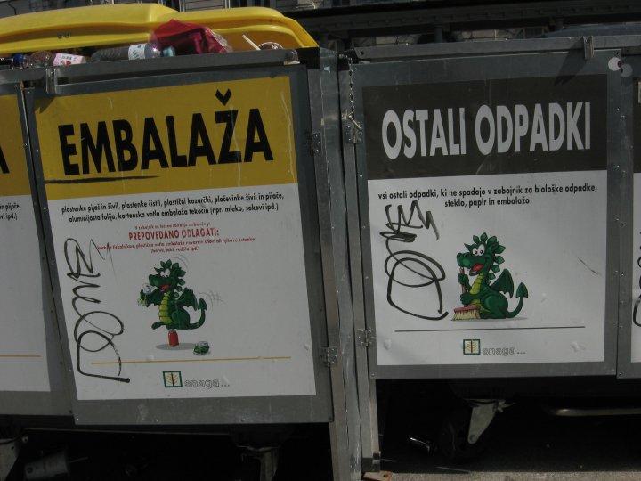 dragon-reciclando